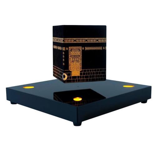 KAABA en lévitation sur base carrée avec LED orange